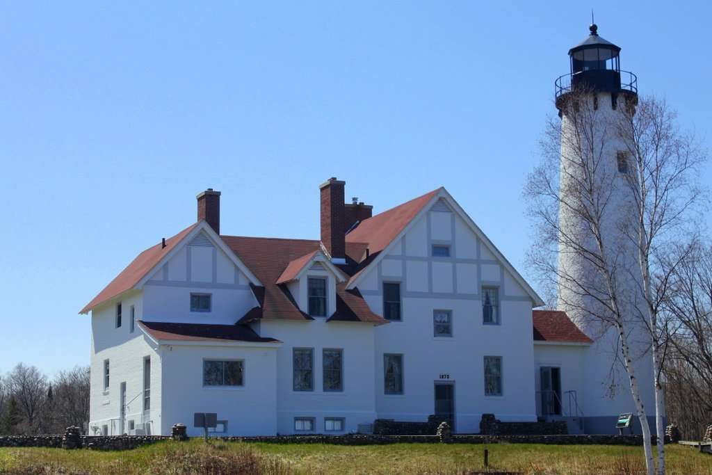 Point Iroquios Light Station